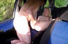 الجنس في السيارة مع عاهرة التقى في الشارع