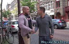 عاهرة شقراء الدنماركية مارس الجنس في الظهر