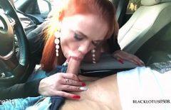 الاباحية لطيفة مع تلك الفتاة التي تمتص الديك لسائق Bmw