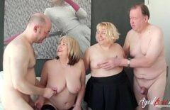 زوجان عجوزان يمارسان الجنس بشكل جيد مقابل 500 يورو